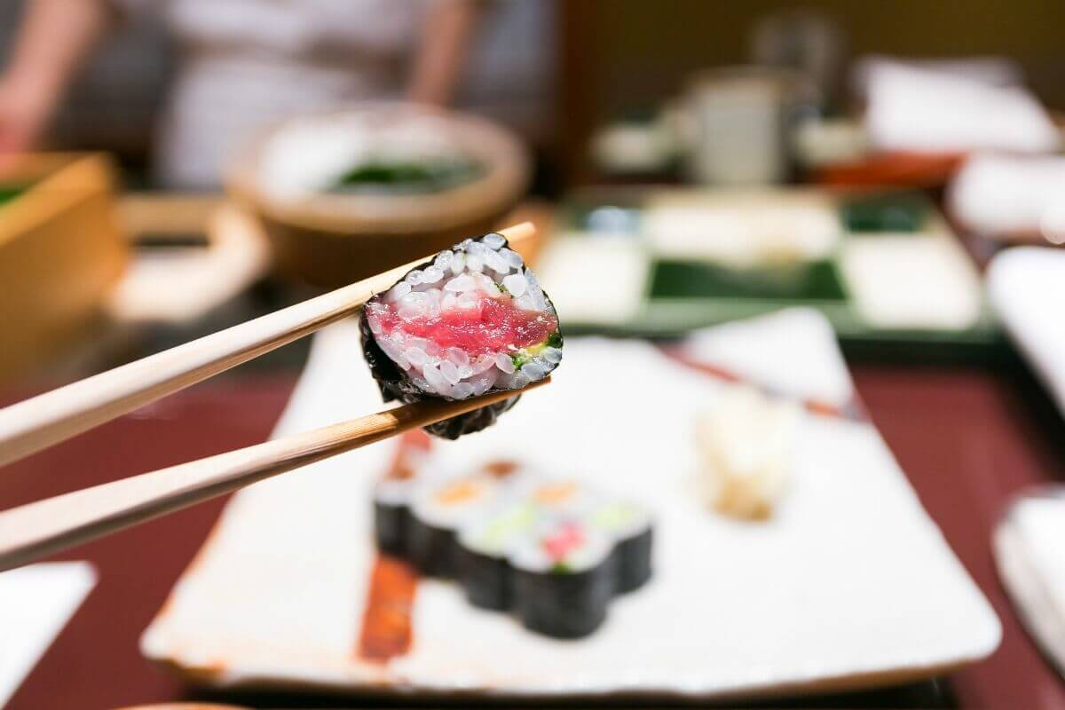Tuna roll at Kyubey in Tokyo, Japan